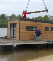 Montage AquaPrima - maison écologique flottante