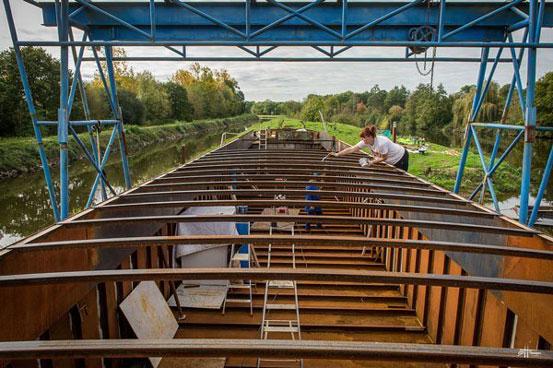 rénovation et aménagement de la péniche La Lorraine